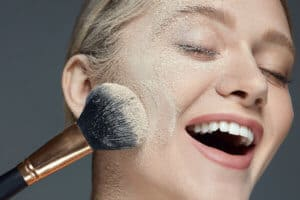 makeup tips for oily skin | One Two Cosmetics